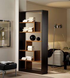 Découvrez notre Etagère bibliothèque de séparation couleur wengé et cerisier contemporaine LUCIEN, disponible sur Sofamobili, spécialiste des meubles de salon.