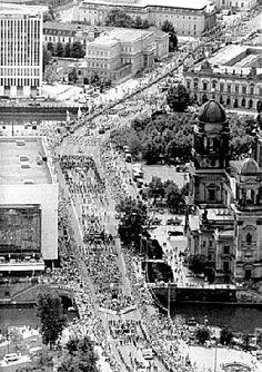 Berlin 1987 Der Ostberliner Festumzug zur 750-Jahr-Feier Berlins