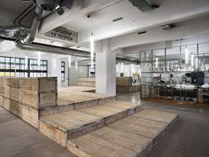 Imagine These: Office Interior Design | Recycle Office | Haka Building | Doepel Strijkers Architects