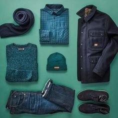 Our current trend focus this season has got to be navy and green styles!