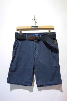 Pantalón corto / Bermudas by Escolano Moda #Segorbe #Castellón #Valencia www.escolanomoda.com Valencia, Man, Bermuda Shorts, Fashion, Bermudas, Men's, Shorts, Clothing Stores, Short Shorts