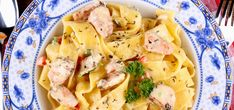 Pasta Salad, Ethnic Recipes, Food, Gastronomia, Tagliatelle, Meal, Essen, Cold Noodle Salads, Hoods