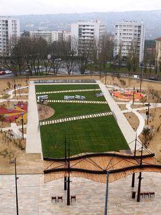 Development of the square garden Gutenberg Caluire-et-Cuire, Valencia, Spain