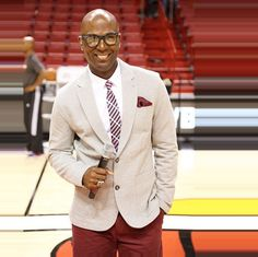 @themiamiheat arena host Dale McLean decked out in Perry Ellis #veryperry #fashion #miamiheat