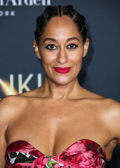 Tracee Ellis Ross at the 2018 premiere of 'A Wrinkle in Time. Old Lady Swimsuit, Tracy Ross, Tracey Ellis, See Through Prom Dress, Jamaican Girls, 60 Year Old Woman, Black Sisters, Tracee Ellis Ross, White Eyeliner