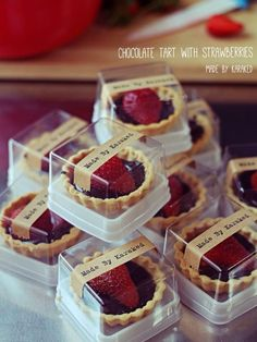 Love Eat/drink❤ Your Own Home Interior Ideas 2008 Keywords: home improvement,home interior ideas,hom Bake Sale Packaging, Cupcake Packaging, Baking Packaging, Dessert Packaging, Food Packaging Design, Plastic Food Packaging, Brownie Packaging, Bread Packaging, Chocolate Box Packaging