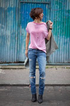 23 Stylish Outfits That Are Perfect For Early Fall