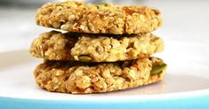 Galletas de avena y plátano: 3 recetas bajas en calorías - e-Consejos Healthy Cookies, Healthy Sweets, Easy Healthy Recipes, Easy Meals, Oatmeal Applesauce Cookies, Bread Recipes, Cookie Recipes, Restaurant Recipes, Sin Gluten