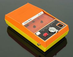 Young World BIC-202 Cassette Recorder