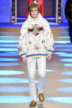 978d71c827 Dolce   Gabbana Menswear Fall Winter 2018 Milan