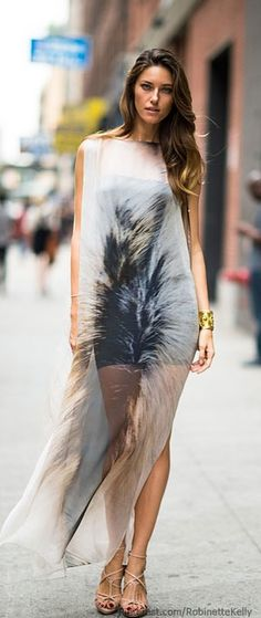 To have street style look girl do jot have to go out specially for shopping but stash your wardrobe already with necessary garment as denim material outfit. Look Fashion, Fashion Outfits, Womens Fashion, Fashion Trends, Street Fashion, City Fashion, Spring Fashion, Fashion Ideas, New York Fashion