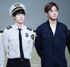 HQ) 150704 Jin & Jungkook @ Yeouido Fansign ¦ TWODAYS_0613: #진 #정국 http://imgur.com/UO1sA9X