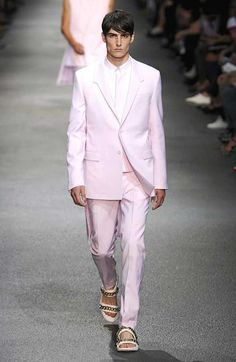 Pink for Men – Are you Embarrassed to Wear Pink? #GIVENCHY