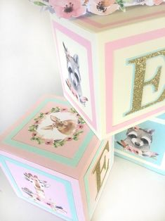 These trendy woodland baby shower ideas are so cute, every forest friend will want to be invited. Girl Baby Shower Decorations, Baby Shower Centerpieces, Baby Shower Themes, Shower Ideas, Woodland Animals Theme, Woodland Baby, Woodland Creatures, Baby Shower Vintage, Gold Baby Showers