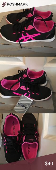 Asics Metrolyte walking/fashion sneaker sz6 These Asics Metrolyte are BRAND NEW WITH TAGS AND BOX. They are super light and slip-on style. If not for my ballerina high arch, I may have been able get them on. Black and flash pink with white soles. Asics Shoes Sneakers
