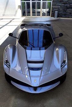 La Ferrari.