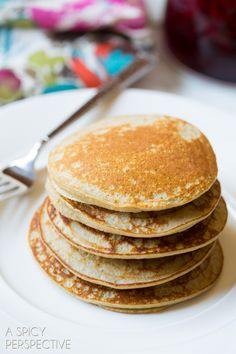 Easy 3-ingredient Paleo Pancakes! These pancakes are so fluffy and tender, you would never know they're healthy. Place the ingredients for paleo pancakes