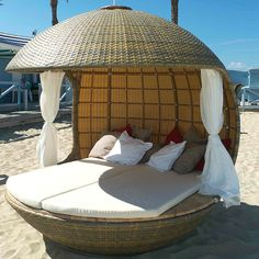 Beach Bed @ France