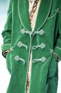 See all the details for Gucci RTW Fall 2018