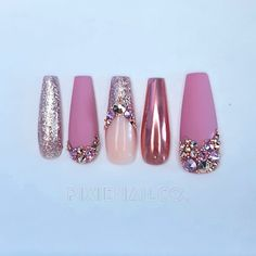Matte Pink, Matte Nails, Acrylic Nails, Rose Gold Chrome, Glue On Nails, Press On Nails, Swarovski Crystals, Nail Designs, Nail Art