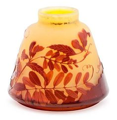 Émile GalléNancy 1846-1904 Vase with wisteriasPolychrome glass several layers cameo engravedSigned. Art Nouveau, circa 1920 9.5 cm high