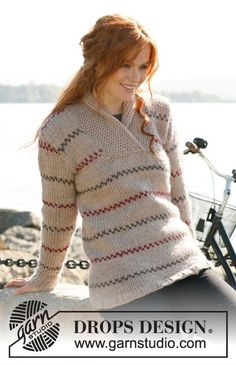 """Knitted DROPS jumper for women with stripes and shawl collar in """"Eskimo"""". Size S-XXXL ~ DROPS Design"""