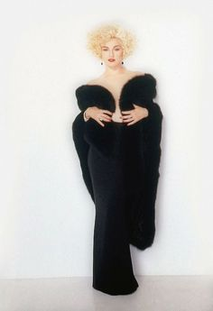 Madonna by Herb Ritts for Dick Tracy Madonna 90s, Madonna Albums, Lady Madonna, Warren Beatty, Patrick Demarchelier, Mtv, Madonna Pictures, La Madone, Funky Hairstyles