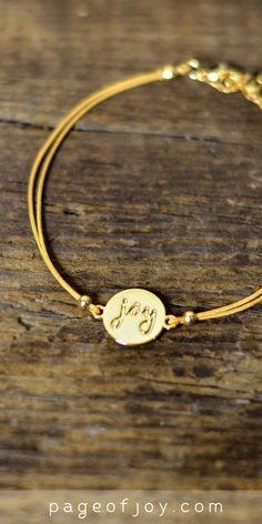Love this saddle brown joy bracelet!! The pretty joy word is inspirational. Great price too. Perfect for the holidays! (teacher gift, hostess gift, Christmas present, stocking stuffer?!?!?) Will look pretty for work, concerts and with fall outfits even before winter comes. I love gorgeous gold jewelry.