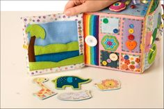 Пошился у меня очередной кубик развивашка для маленькой девочки  Анюты. Даже, не… Diy Quiet Books, Baby Quiet Book, Felt Books, Infant Activities, Book Activities, Baby Play, Baby Toys, Softies, Sensory Book