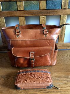 Patricia Nash Handbag and wallet. Amazing looks and quality!