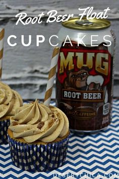 Root Beer Float Cupcakes perfect for rodeo days Perfect for rodeo days or summer time, try these root bear float cupcakes. Easy Cupcake Recipes, Dessert Recipes, Cupcake Ideas, Dessert Ideas, Cupcake Flavors, Party Recipes, Strudel, Root Beer Cupcakes, Fun Holiday Desserts