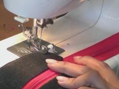Video Tutorial: How to insert a zipper into any bag