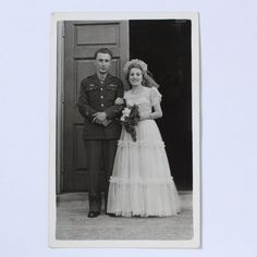 Vintage photo - Army Officer Groom and Bride - wedding fashion - WWII Era