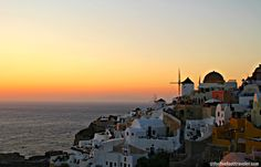 The Blue Waves of Santorini ~ The Five Foot Traveler http://www.thefivefoottraveler.com/the-blue-waves-of-santorini/