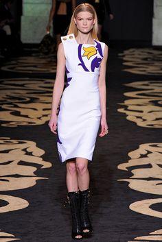 Versace Fall 2011 Ready-to-Wear Fashion Show - Kasia Struss