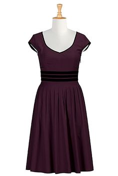 This Contrast trim cotton poplin dress from eShakti comes in my size and could help me look presentable for once in my life.