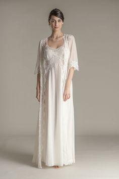 Elegant nightgown hand finished with a double-frastaglio technique and floral leavers lace inserts. Nightgown and robe in pure Flora Lastraioli style finely embroidered lace and soft cotton. White Nightgown, Vintage Nightgown, White Dress, Night Gown Dress, Italian Lingerie, Silk Chemise, Diana, Bridal Robes, Pretty Lingerie