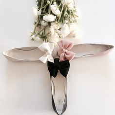 Heelow ❤️ springtime! Our fantastic Estelle balllerina in black, buse pink and ivory.