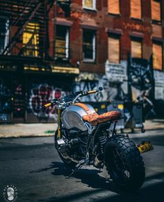 """Receive terrific ideas on """"used cars"""". They are actually available for you on our internet site. Bike Bmw, Moto Bike, Bmw Motorcycles, Custom Motorcycles, Cafe Racers, Cafe Racer Bikes, Scrambler Custom, Cafe Racer Motorcycle, Nine T Bmw"""