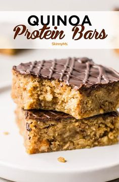 Quinoa Protein Bars are a great way to satisfy your sweet cravings while maintaining a healthy diet. They are low in calories and saturated fat, and they taste great, too! #homemadeproteinbars #lowcaloriesnacks #protein Healthy Desserts, Healthy Drinks, Healthy Recipes, Nutrition Drinks, Protein Recipes, Protein Foods, Homemade Protein Bars, Quinoa Desserts, Snacks Homemade