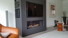 Bellfires Horizonbell met TV en nis voor apparatuur. // Foto uit eigen werk.