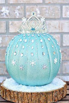 Bows, Pearls & Sorority Girls: Preppy Pumpkin Decorating Ideas