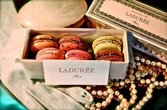 Delicious macarons. http://butterfingered-chef.blogspot.com/2013/09/sweets-that-made-me-die-and-go-to.html