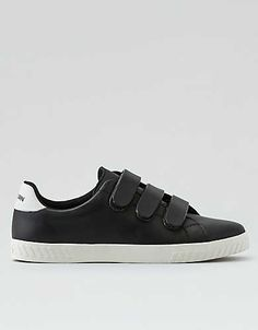 The Tretorn Nylite canvas tennis shoe 2fbcfed4fd757