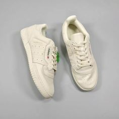 Adidas Yeezy Powerphase Calabasas Core White CQ1693 http://feedproxy.google.com/fashiongoshoesa1
