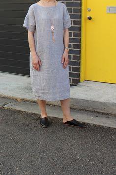 Knee Sleeves, Linen Dresses, Crinkles, Linen Fabric, Taupe, Beige, Short Dresses, Shoulder Dress, White Dress