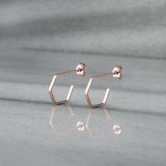 Earrings : Rose Gold Hoops Hexagon Earrings Rose Gold Hexagon Small Hoop Earrings G 18k Gold Earrings, Rose Gold Earrings, Women's Earrings, 14 Carat, Geometric Necklace, Earring Backs, Gold Hoops, Or Rose, Gifts For Her