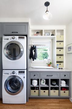 Awesome 90 Awesome Laundry Room Design and Organization Ideas Small laundry room ideas Laundry room decor Laundry room makeover Farmhouse laundry room Laundry room cabinets Laundry room storage Box Rack Home Grey Laundry Rooms, Farmhouse Laundry Room, Laundry Closet, Laundry Room Organization, Laundry Storage, Laundry Room Design, Laundry In Bathroom, Organization Ideas, Basement Laundry
