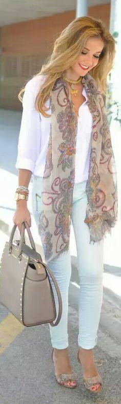 Scarf / Fashion by Lola