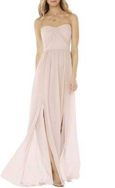 online shopping for Social Bridesmaids Strapless Georgette Gown from top store. See new offer for Social Bridesmaids Strapless Georgette Gown Chiffon Gown, Strapless Dress Formal, Outfit Bautizo, Nice Dresses, Prom Dresses, Formal Dresses, Light Grey Bridesmaid Dresses, Blush Dresses, Long Dresses